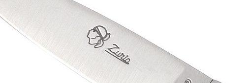 un couteau authentique a voir sur salon-virtuel-du-couteau-corse.com/